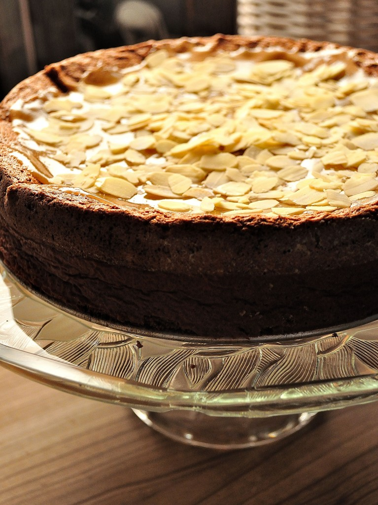 ... dulce de leche almost flourless chocolate cake with dulce de leche